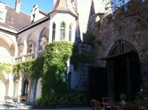 Waidhofen (Innenhof beim Schlosswirt)